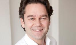 Dr. Martin Roos